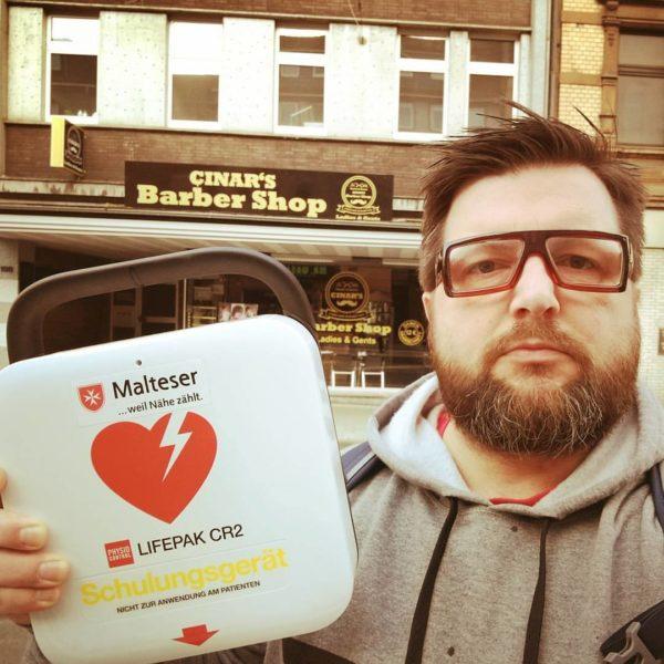 Defibrillator 01