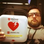 Defibrillator 02