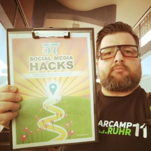 Social Media Hacks 06